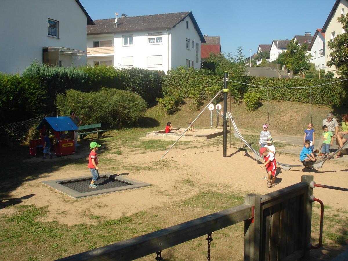 Spielraumoffensive Kirchhain Br Generationsubergreifende Spiel